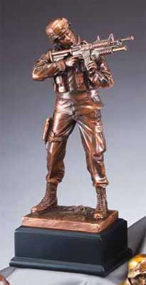RFB134 Army Soldier Sculpture